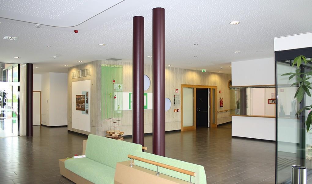 Eingangsbereich des Alten- und Pflegeheim Olang – Südtirol