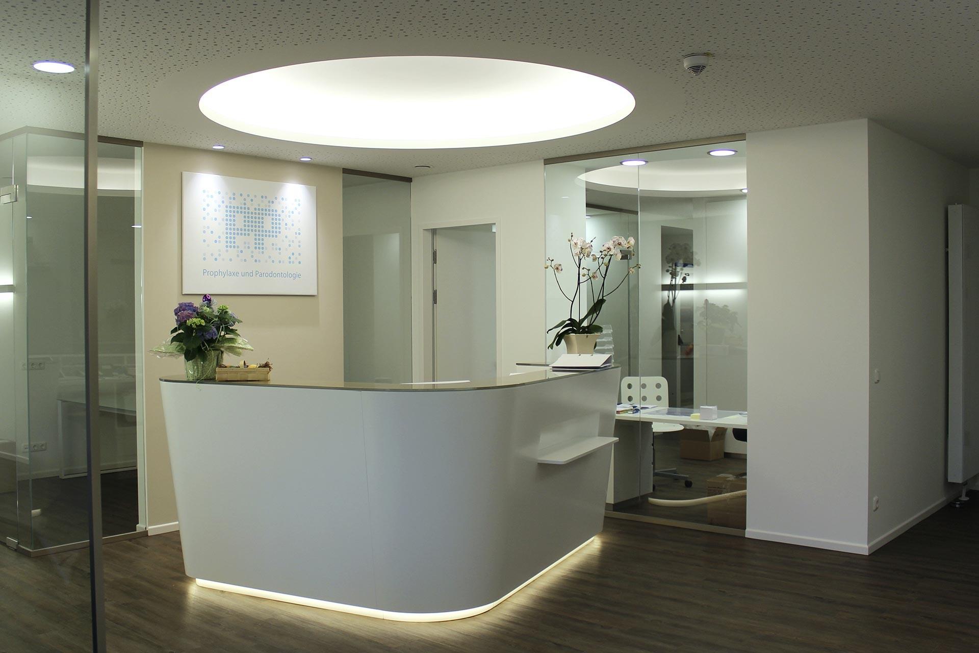 Innenausbau in der Zahnarztpraxis Waldkraiburg