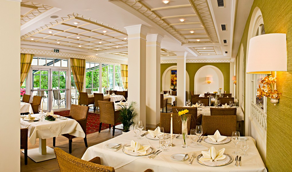 Innenausbau des Restaurants im Grandhotel Lienz - Osttirol